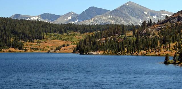 Lake near Tiaga Pass