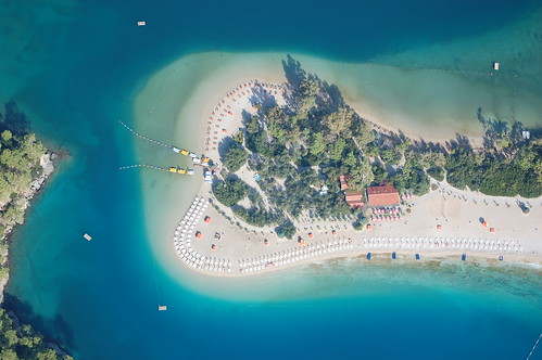 Oludeniz from a paraglider | by Shardalow