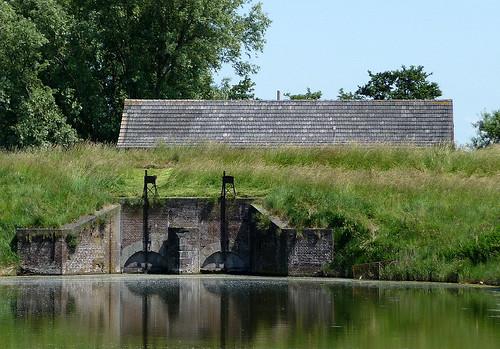 Wolphaartsdijk, Sluis De Piet: uitwateringssluis | by wiez_
