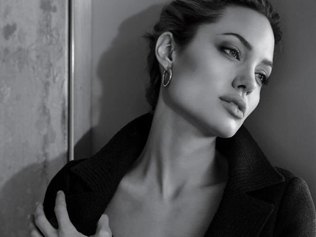 Angelina Jolie Sexy Pics angelina-jolie-sexy-neck | randy spazz | flickr