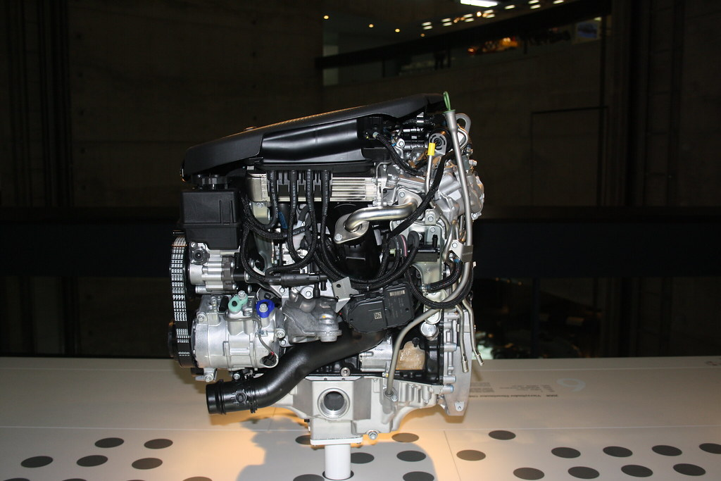2008 4 cylinder diesel engine OM651 for C250 CDI | Cylinders