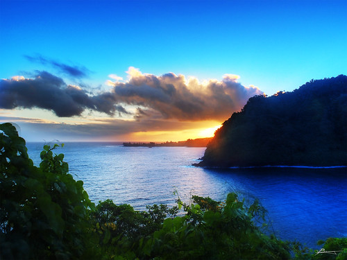 road to hana | by paul bica