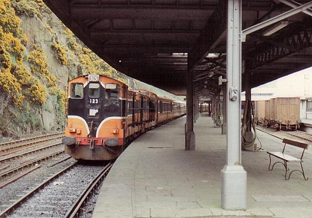 123, Waterford, April 1989