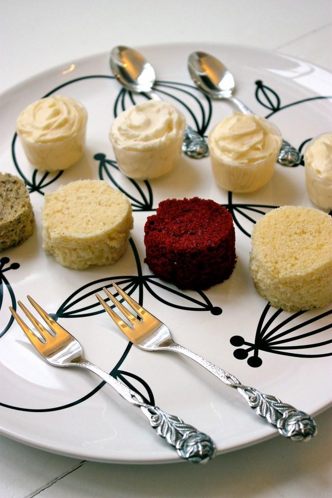 Wedding Cake Tasting.Wedding Cake Tasting Plate At Wedding Cake Consultations C Flickr