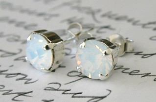 Swarovski Crystal Earrings White Opal Silver with Studs | by Mannia&Titta
