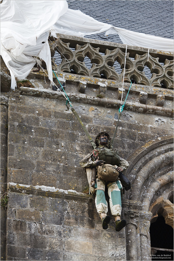 St Mere Eglise Paratrooper 235mm See The Parachutist