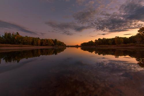 landscape lakescape seascape lake water reflections sunrise dawn daybreak clouds fall autumn trees lakechatfield colorado mist misty landscapes