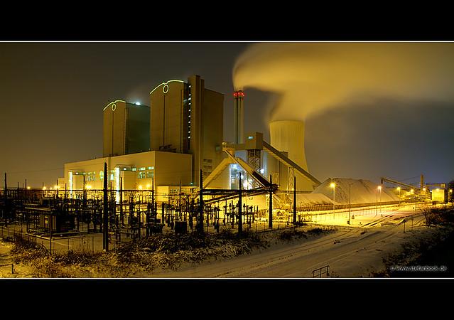 Winter Chimneys / Power Plant Stöcken