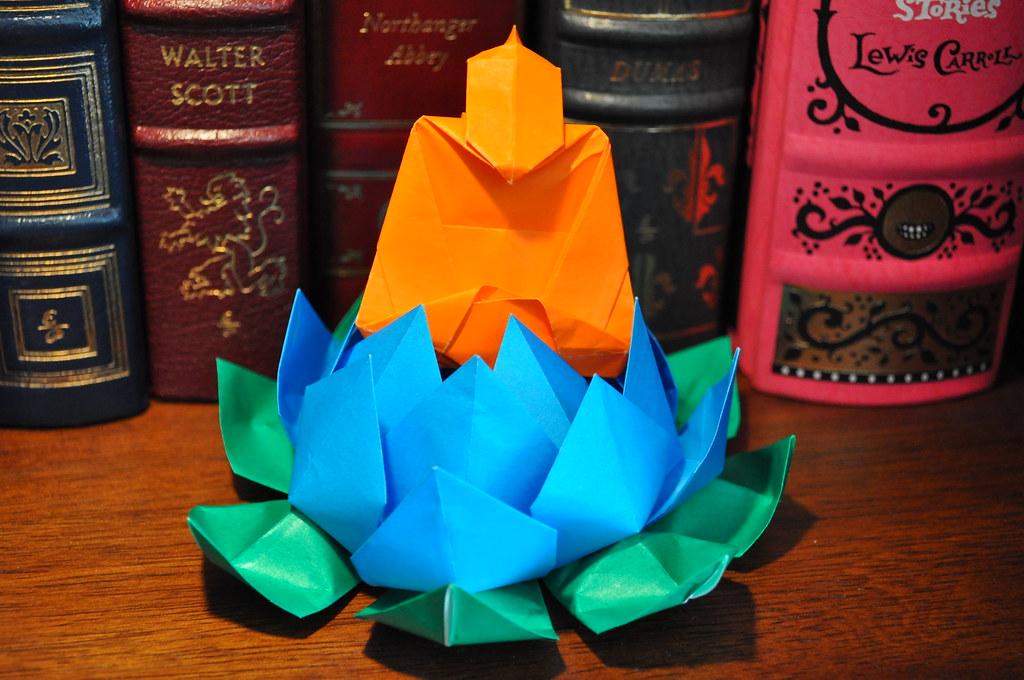 Folding a Six petal flower Gift box (full video) - YouTube | 680x1024
