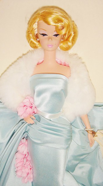 2000 Delphine Barbie (3)