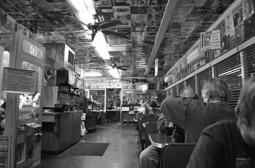 california ca blackandwhite bw usa records america photoshop fan tv nikon elvis diner sierra burgers yosemite hamburger mug santana welcome pitcher mariposa budweiser joint ♥ highway140 chrisshots d3000 happyburgerdiner seenbymyeyes