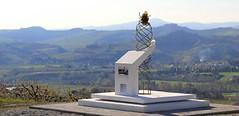 Monumento ai portaferiti