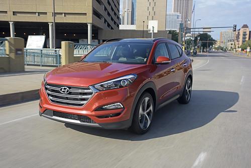 2016 Hyundai Tucson: Urban Adventures Photo