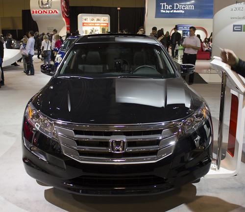 2012 Honda Accord Crosstour EX-L front Photo