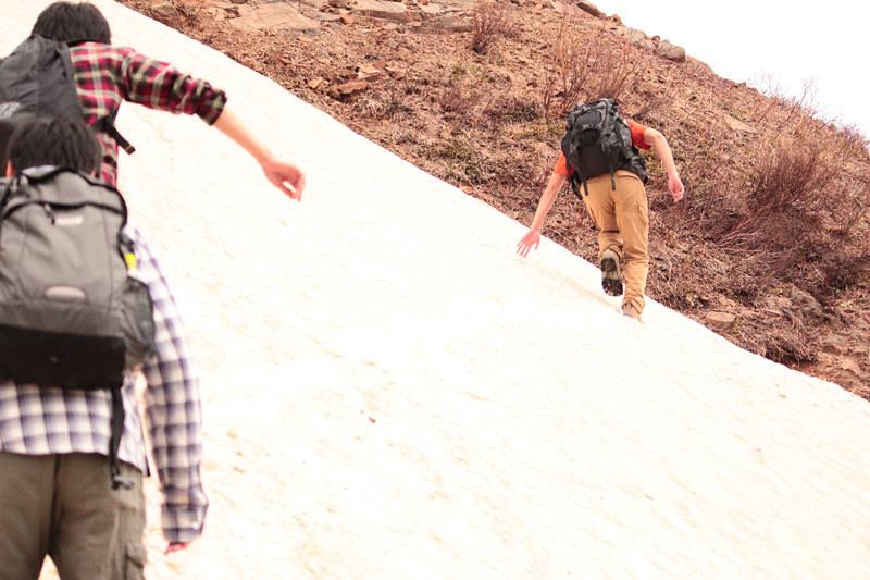那須岳の雪渓