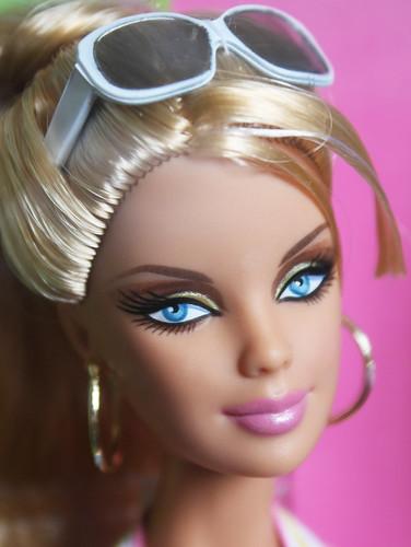 Barbie Top Model Resort - Barbie   by EleC [mickred]