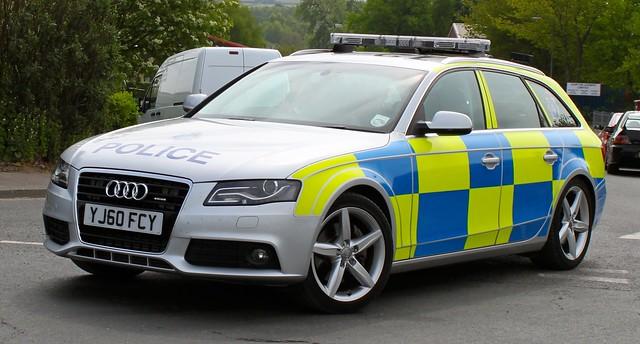 Police Audi A4 - YJ60 FCY