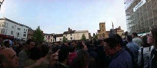 Crowd in Abingdon for the Bun Throwing | by ash matadeen