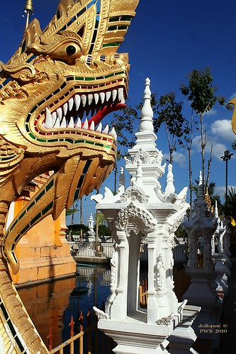 20101213_4340 Temples at San Pa Tong, วัดทึ่สันป่าตอง | by ol'pete
