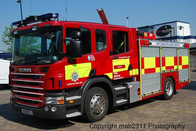 HX11 HYJ Scania P280 JDC Polybilt WrL Crawley West Sussex Fire & Rescue Service