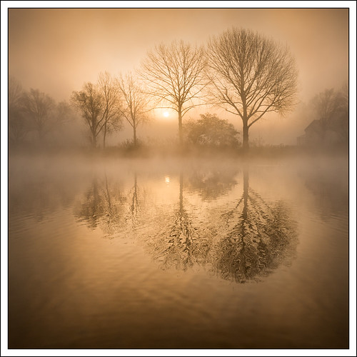 riverthames landscape river nature mist refelection photostyles weather bourneend
