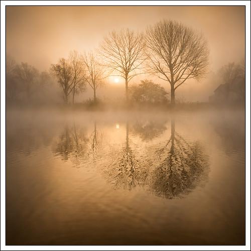 riverthames landscape river nature mist refelection photostyles weather bourneend