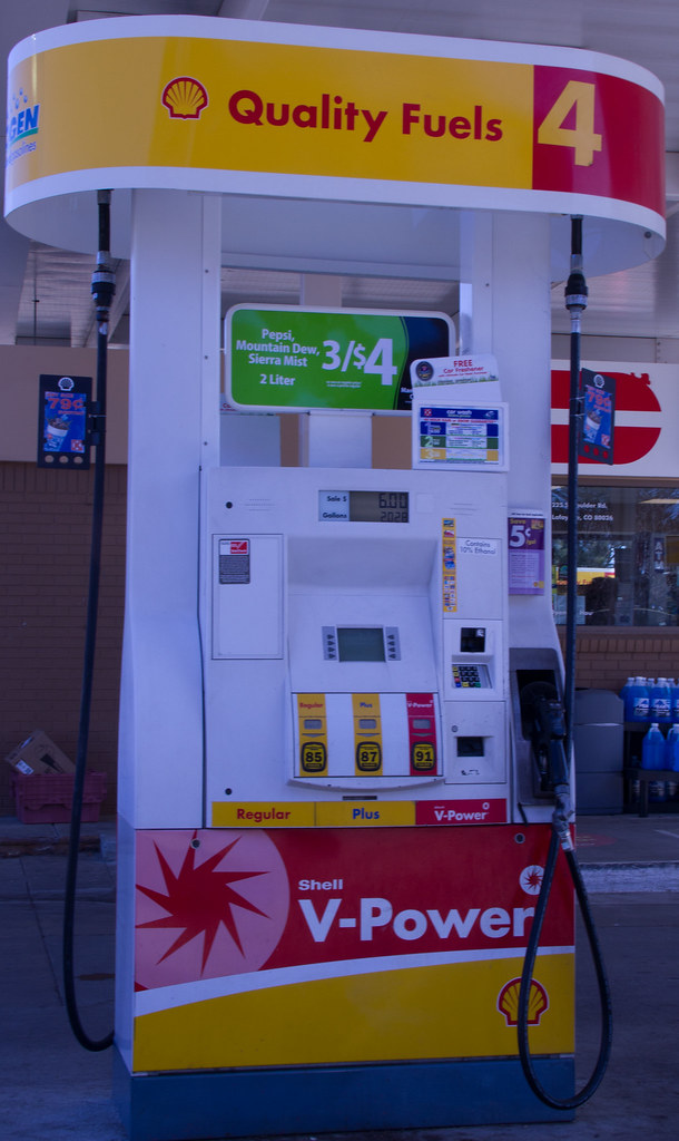 Shell Gas Pump | Shot this at my local gas station  Nice pum… | Ken