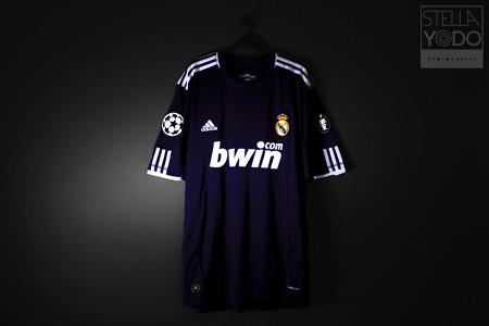 check out b7e25 c3df9 Real Madrid 2010/11 Champions League Away Shirt | Stella ...