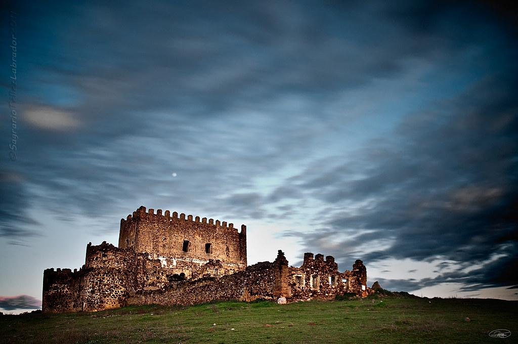 Guadalerzas | Castillo de Guadalerzas, término municipal de … | Flickr