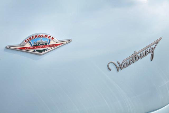 Wartburg badge