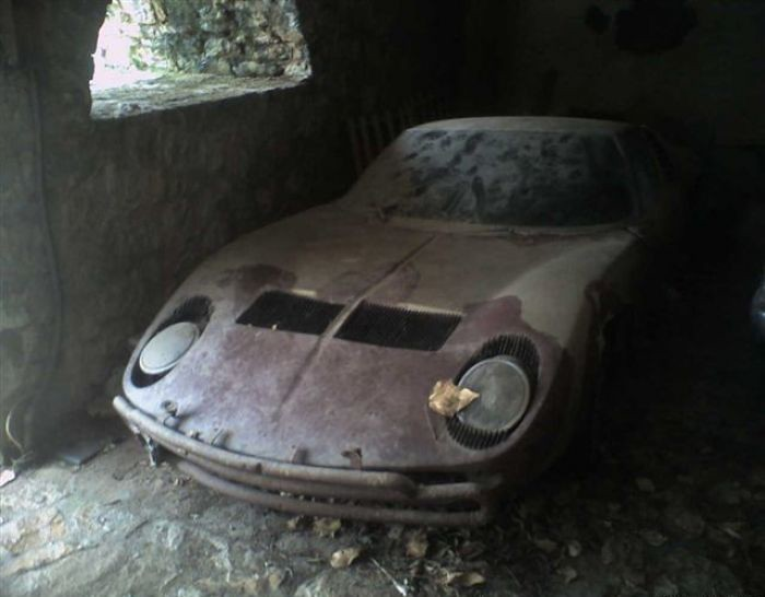 Lamborghini Miura Abandoned I Have Other Photos In The Aba Flickr