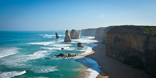 The 12 apostols Great Ocean Road | by worldbeyond