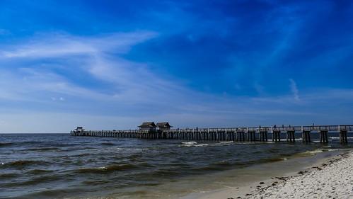 clouds usa heat sunny sonnig warm hitze pier