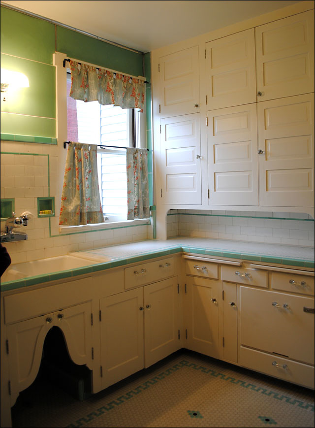 1930s Kitchen Intact Remodel | From the Antique Home Style c