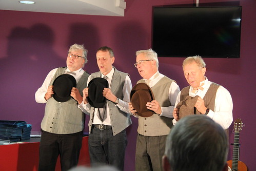 Le Newton's Quartet, chants et humour dans la tradition Barbershop