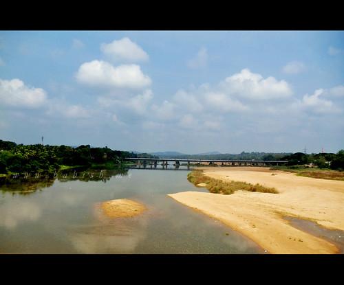 india tourism nature river kerala shoranur bharathappuzha