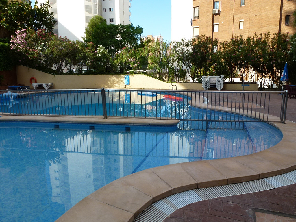 Pool apartments in Benidorm Levante Lux | Pool apartments ...