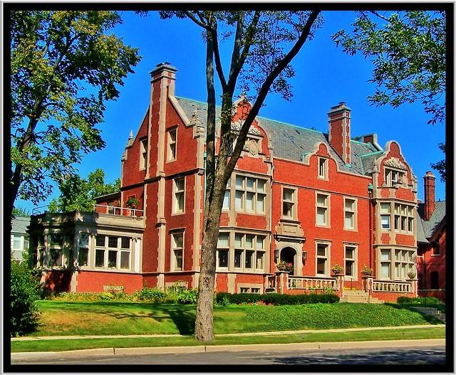 2409 N. Wahl St  ~ Milwaukee Wi ~ Robert Nunnemacher Masion ~ Historical
