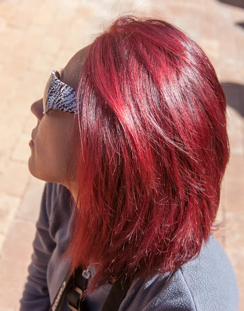 Wow - the sun really brings out the red in Heather's hair!!