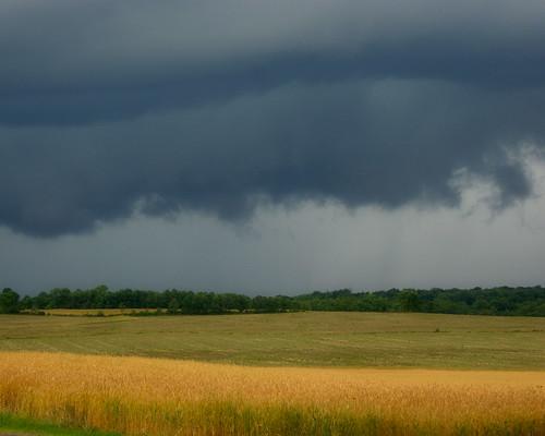 ohio cloud amanda storm rain june yellow spring farm sony alpha thunder a230 2011 fairfieldcounty