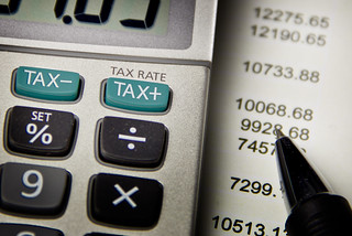 Calculating Taxes Up And Down   by kenteegardin