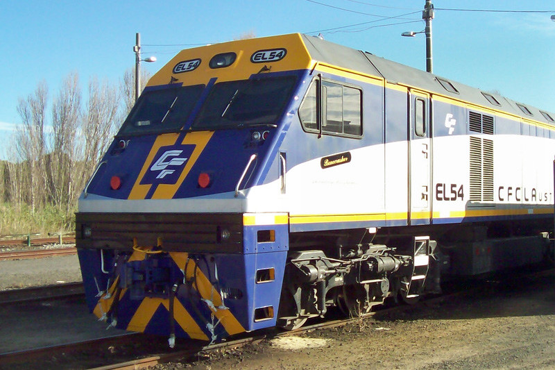 EL54 stabled at Portland by Corey Gibson