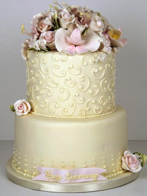 W9053 - ivory wedding cake toronto