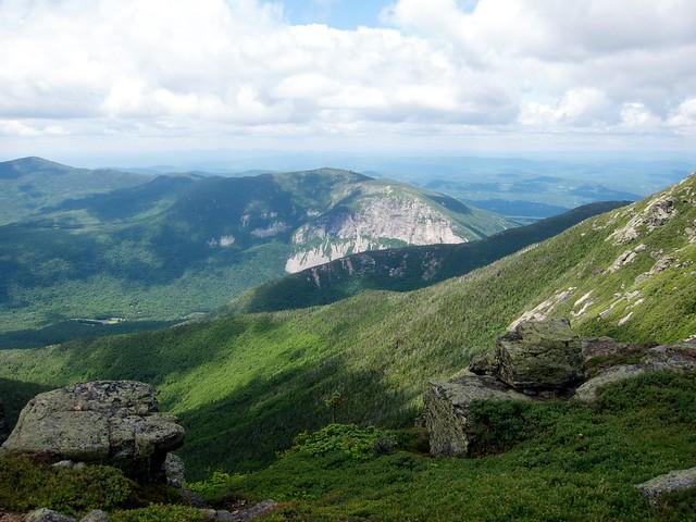 2:50:30 (48%): hiking newhampshire whitemountains franconianotch mtlafayette franconiaridgetrail mtlincoln franconiarange
