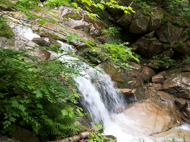 0:29:16 (8%): waterfall hiking newhampshire whitemountains franconianotch mtlafayette fallingwaterstrail mtlincoln franconiarange