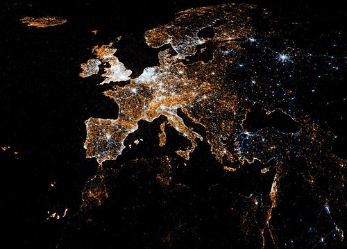 European detail map of Flickr and Twitter locations | by Eric Fischer