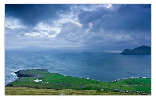 blue ireland sea seascape rock clouds sunrise landscape island waves kerry hour celtic munster chapeltown sonnar vario sonydsc sal2470za sonydslra900 2470mmf28zassm sonyzeissvariosonnar247028ssm kerrycovalentia 51°552816n10°204916w