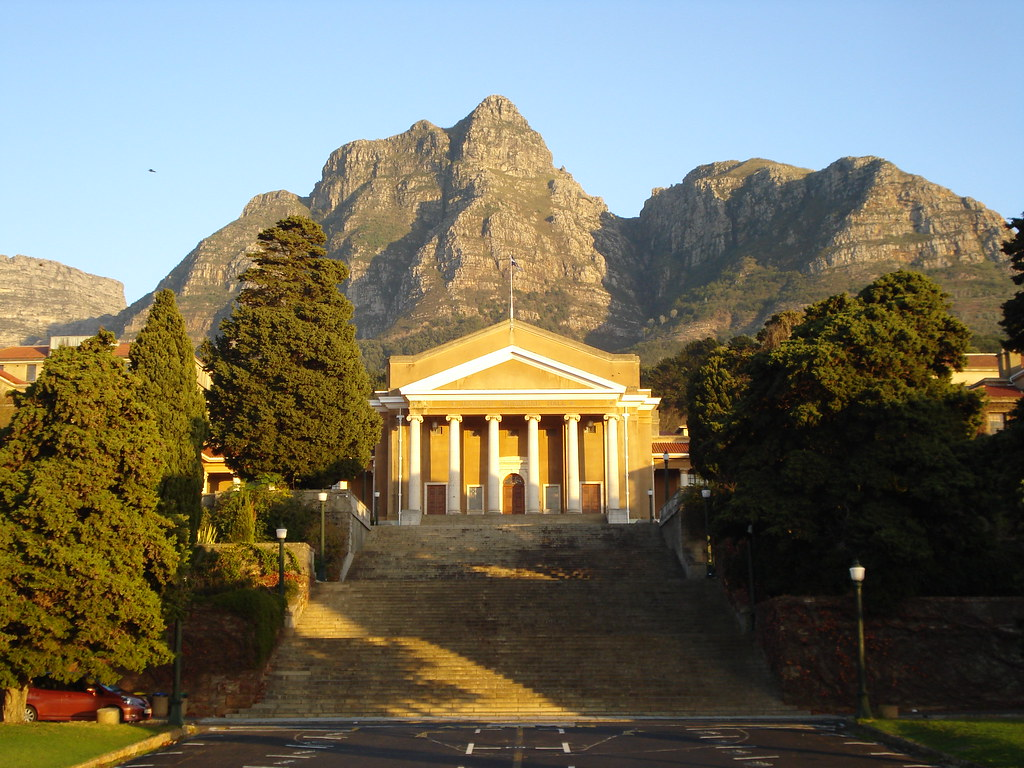 Jameson hall with table mountain in the background flickr - Table mountain wallpaper ...