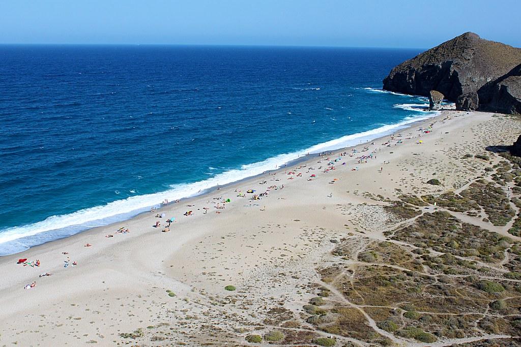 La Playa de Los Muertos