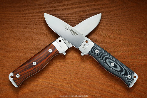 Cudeman MT-5 survival knives.